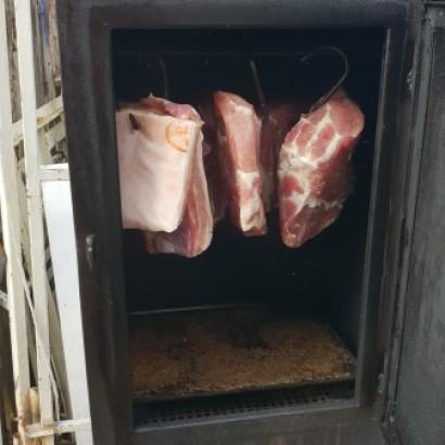 Inovace v nakládání masa na uzení